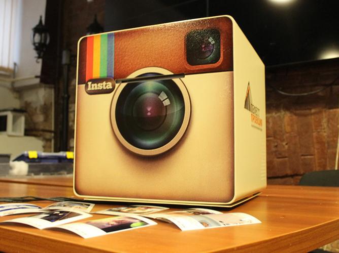 Инстакубик - аппарат для вывода фото на печать